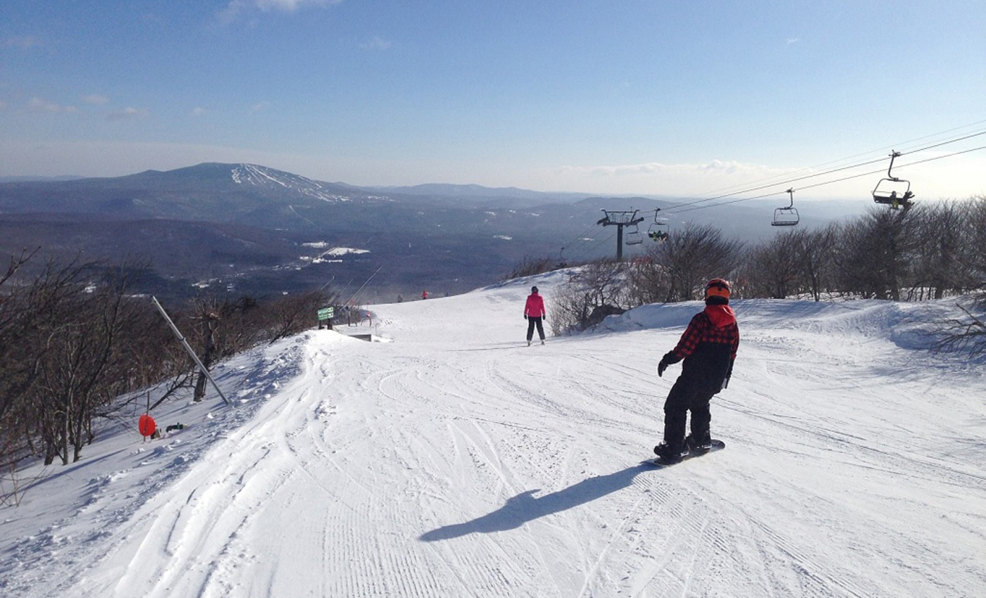 Skiing on Bromley Mountain
